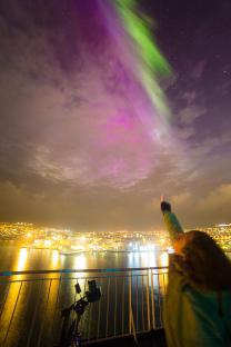 Dotkni se polární záře! Autor: Petr Horálek