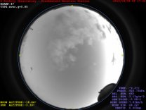 Snímek bolidu z přehledové celooblohové kamery Autor: Piszkés-tetői Obszervatórium
