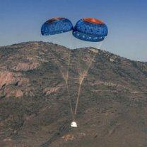 Přistávající kosmická loď New Shepard společnosti Blue Origin Autor: Blue Origin