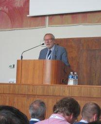 Petr Heinzel (předseda České astronomické společnosti) připomíná, že letos slavíme 100. výročí vzniku Společnosti Autor: Jiří Grygar
