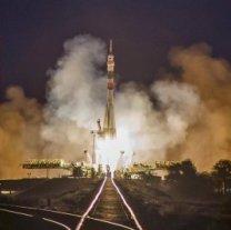 Raketa Sojuz-FG startuje 25. 9. 2019 s lodí Sojuz MS-15 (poslední start tohoto typu rakety) Autor: KC Južnyj / Roskosmos