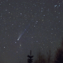 Kometa 153P/Ikeya-Zhang 4. dubna 2002 z Jizerských hor Autor: Martin Gembec