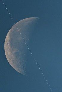 Denný tranzit ISS Autor: Slavo Odziomek