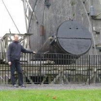 Leviathan of Parsonstown, replika dalekohledu lorda Rosse na jeho originálním stanovišti v parku u záměčku v irském městečku Birr Autor: Martin Gembec