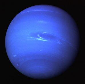 Neptun na snímku ze sondy Voyager