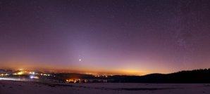 Zodiakální světlo s planetami z Železných hor. Autor: Vilém Heblík