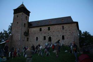 Pozorování na nádvoří hradu Litice Autor: Martin Mašek