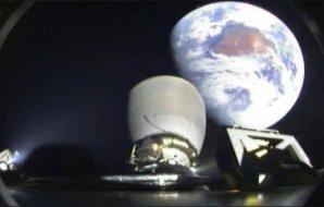Druhý stupeň rakety Falcon 9 vynáší DSCOVR daleko od Země Autor: SpaceX