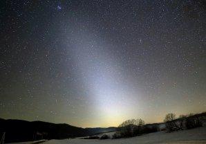 Zodiakální světlo na Telgártě. Autor: Marian Dujnič
