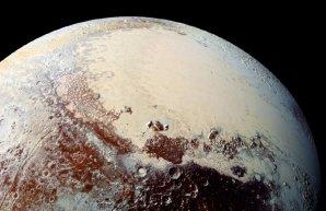 Sputnik Planum a ledovce na Plutu Autor: NASA/JHUAPL/SwRI