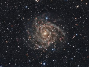 Skrytá galaxie IC342 Autor: Martin Myslivec