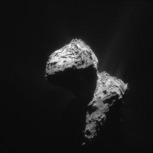 Kometa 67P/Čurjumov-Gerasimenko 7. ledna 2016 navigační kamerou Rosetty ze vzdálenosti 74 km Autor: ESA/Rosetta-blog