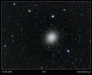 Kulová hvězdokupa M13 na fotografii Zdeňka Bardona. Autor: Zdeněk Bardon