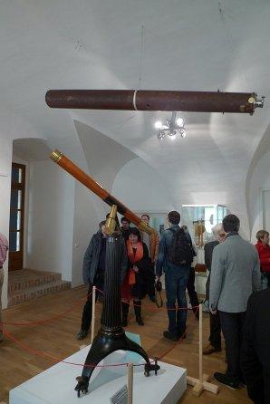 Unikátní exponáty na výstavě Astronomické tradice v Pardubickém kraji v Litomyšli. Autor: Štěpán Kovář.