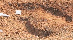 Kráter údajně způsobený pádem meteoritu v Indii