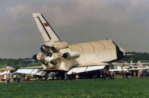 Exemplář OK-GLI na letecké přehlídce Autor: capcomespace.net