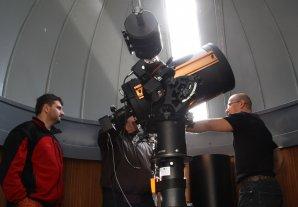 Dalekohled se CCD kamerou v jedné z kopulí na hvězdárně ve Valašském Meziříčí Autor: Martin Mašek