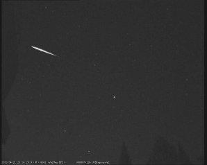 Lyrida zachycená východní  kamerou na Hvězdárně Valašské Meziříčí 21.4.2015. Autor: Hvězdárna Valašské Meziříčí