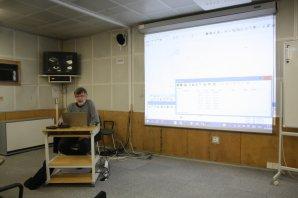 Pavel Cagaš při praktické ukázce programu SIPS Autor: Martin Mašek