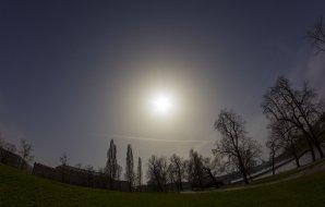 Prachová koróna kolem Slunce 3. dubna 2016. Autor: Sumie_dh