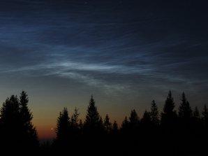 Noční svítící oblaky 13. 6. 2006 nad ránem na Churáňově. Autor: Roman Szpuk