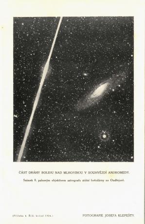 Příloha Říše hvězd 1924/1 s fotografií bolidu a M31 v Andromedě od Josefa Klepešty z 12. září 1923 včetně popisu Autor: Josef Klepešta, Říše hvězd