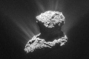 Kometa 67P/Čurjumov-Gerasimenko na snímku ze sondy Rosetta Autor: ESA/Rosetta/NAVCAM