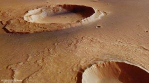 Perspektivní pohled na kráter Worcester Autor: ESA/DLR/FU Berlin