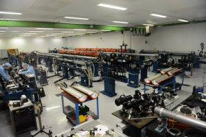 Laser ASTERIX s výstupním výkonem až 3 TW po dobu až 350 ps Autor: UFCH JH AV ČR
