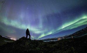 Polární záře v Hvalfjördur, severozápadně od Reykjaviku 27. 3. 2017, čas 22:34 SELČ. Autor: Katarína Sršeňová.