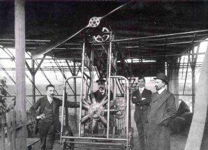 Očenáškovy pokusy s motorem Autor: New Mexico Museum od Space History