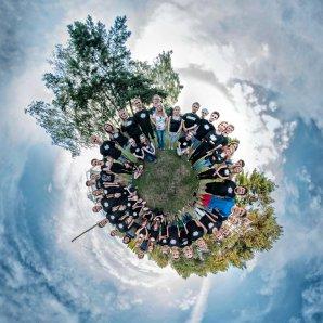 Společné foto na Astronomické expedici 2016! Autor: Michal Kroužel