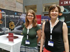 Msc. Silvia Kunzová (vlevo) a Dr. Tereza Klocová na mezinárodní konferenci EWASS 2017. Autor: Pavel Suchan.
