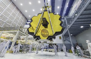 Dalekohled Jamese Webba (JWST) v čisté místnosti Autor: NASA