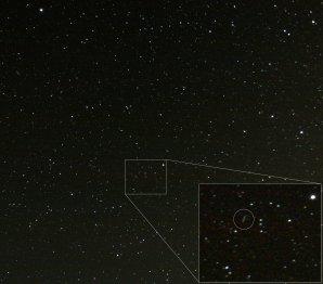 Planetka (3122) Florence kompaktním fotoaparátem Autor: Lukáš Král