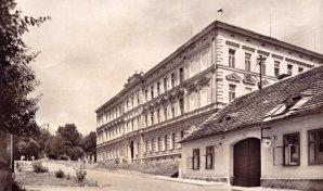 Základní škola Josefa Hlávky v Rébcově ulici v Přešticích Autor: Josef Jíra