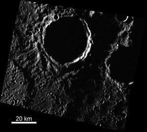 V okolí severního pólu Merkuru jsou krátery v permanentním stínu Autor: Head lab/Brown University
