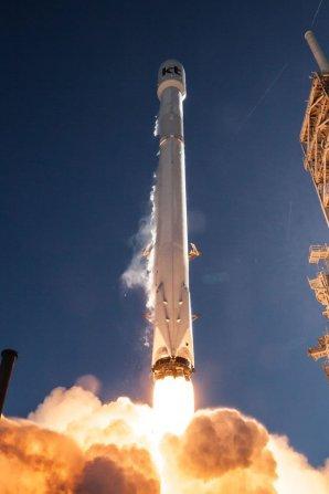 Start Falconu 9 s družicí Koreasat 5A Autor: SpaceX - facebook