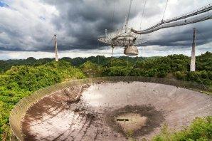 Arecibo po hurikánu Maria celkem obstálo, ale přišlo o zdroje elektřiny Autor: Arecibo Observatory/NASA/NSF