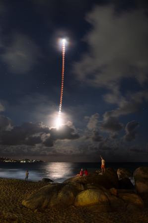 Podmanivý zážitek s rudým Měsícem. Autor: Petr Horálek