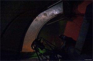 Mléčná dráha z kopule Dánského dalekohledu Autor: Zdeněk Bardon