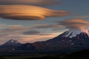 Lenticular – oblaka vznikající nad horským pásmem Autor: Shutterstock