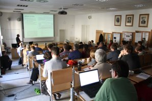 Přednášková místnost na Přírodovědecké fakultě v Kotlářské ulici. Autor: Martin Mašek