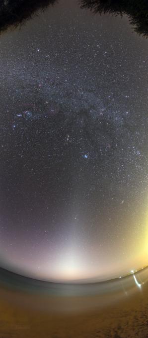 Zvířetníkové světlo nad pláží Carlota ostrova Boa Vista. Autor: Petr Horálek.