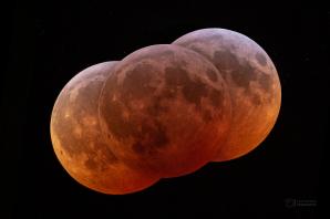 Barvy úplného zatmění Měsíce 21. ledna 2019. Autor: Petr Horálek.