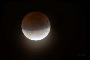 Maximum částečného zatmění Měsíce 16. července 2019. Autor: Petr Horálek.