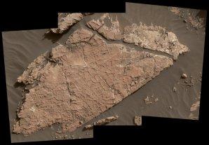Depozity na Marsu pojmenované Old Soaker – foto rover Curiosity Autor: NASA/JPL-Caltech/MSSS