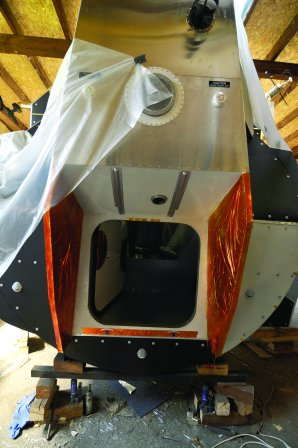 Výroba modelu přistávacího modulu Eagle Apolla 11 Autor: Hvězdárna a planetárium Praha