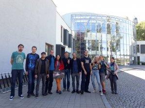 Účastníci setkání Amatérské prohlídky oblohy v Ostravě, přesněji řečeno jen jejich část, která zůstala až do nedělního poledne. Autor: Tomáš Kubica