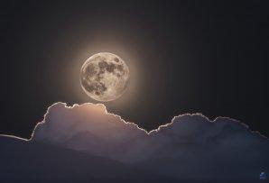 Nenavideny mesic 2 Autor: Zdeněk Bardon